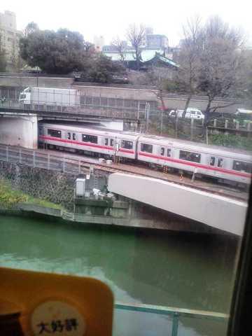 神田川を渡る丸の内線.JPG